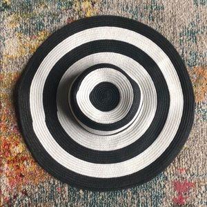 Black and White Floppy Hat
